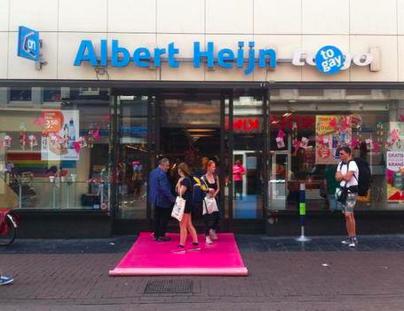 Albert Heijn to gay Gay Pride